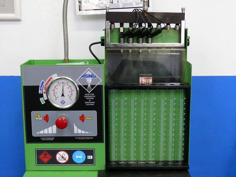 testování vstřikovače FSI Bosch